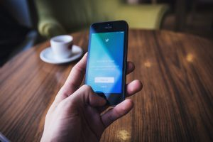 How to Use Twitter As a Consultant To Get More Traffic